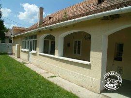 Chalupa Velký Meder - 2004109 k pronájmu, Jižní Slovensko