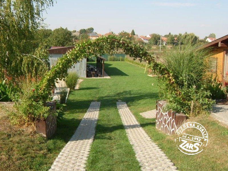 Chata Podhájska k pronájmu, Jižní Slovensko