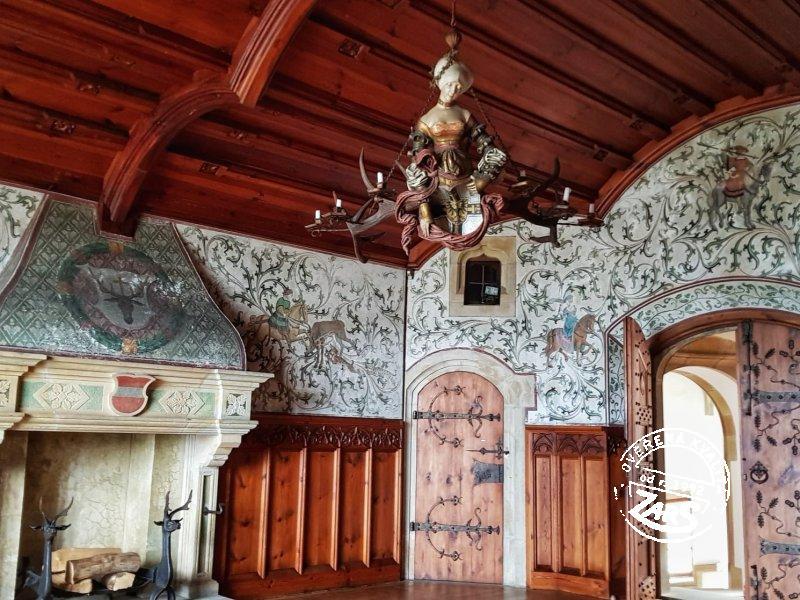 Foto hrad Bouzov