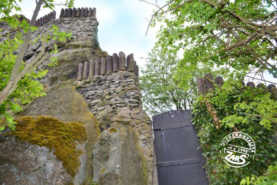 Foto hrad Starý Bernštejn