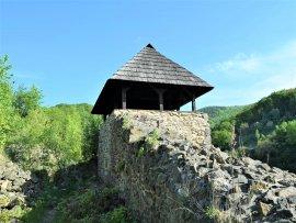 Foto zřícenina hradu Krupka