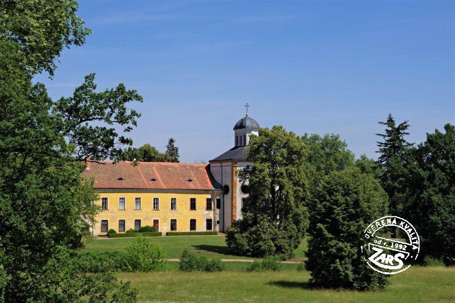 Foto Zámek a obora Choltice