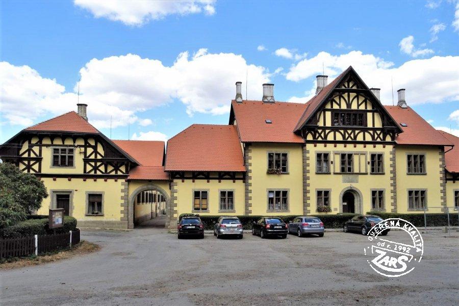 Foto Hřebčín Slatiňany