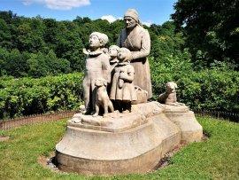 Babiččino údolí - památník babičky