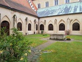 Foto Klášter cisteriáků Zlatá Koruna