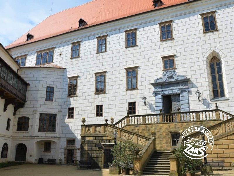 Foto Zámek Náměšť nad Oslavou
