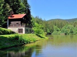 Foto Jezero v údolí Jezerné - Velké Karlovice