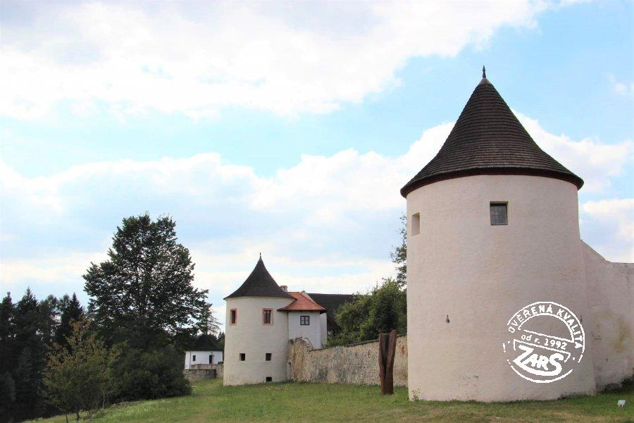 Foto Tvrz Žumberk