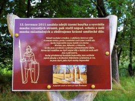 Foto Mohyla Jana Žižky z Trocnova u Sudoměře
