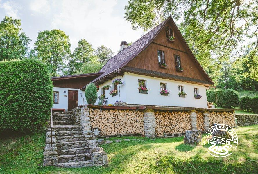 Chalupa Bartošovice k pronájmu, Orlické hory