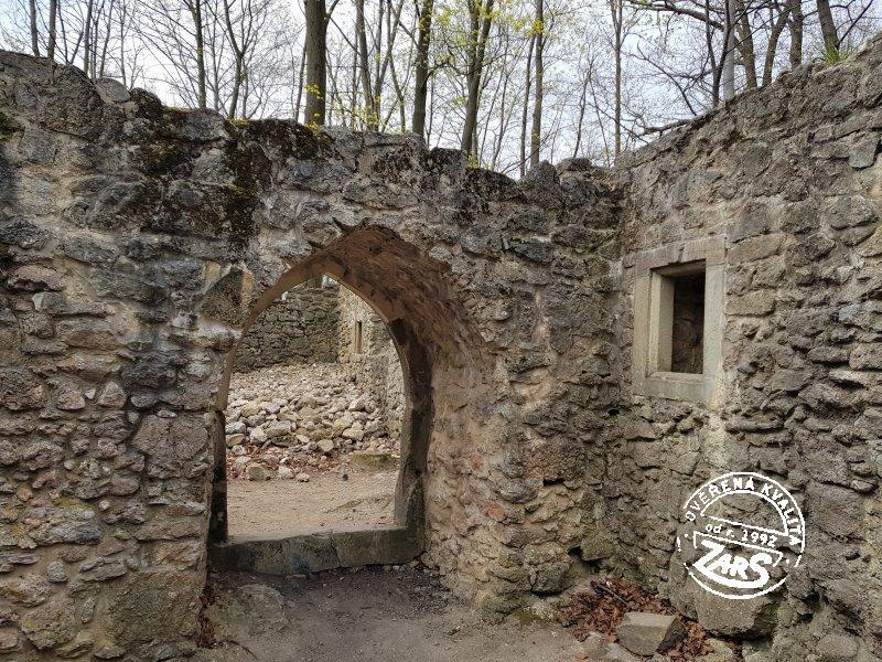 Foto Zřícenina hradu Šostýn - Kopřivnice