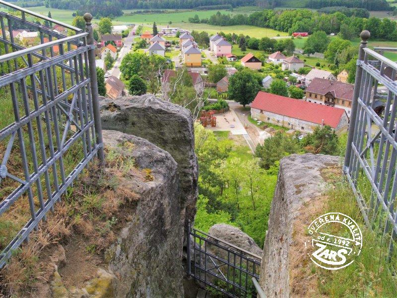 Foto Zřícenina hradu Jestřebí