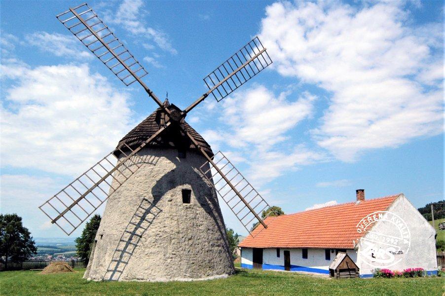 Foto Větrný mlýn Kuželov